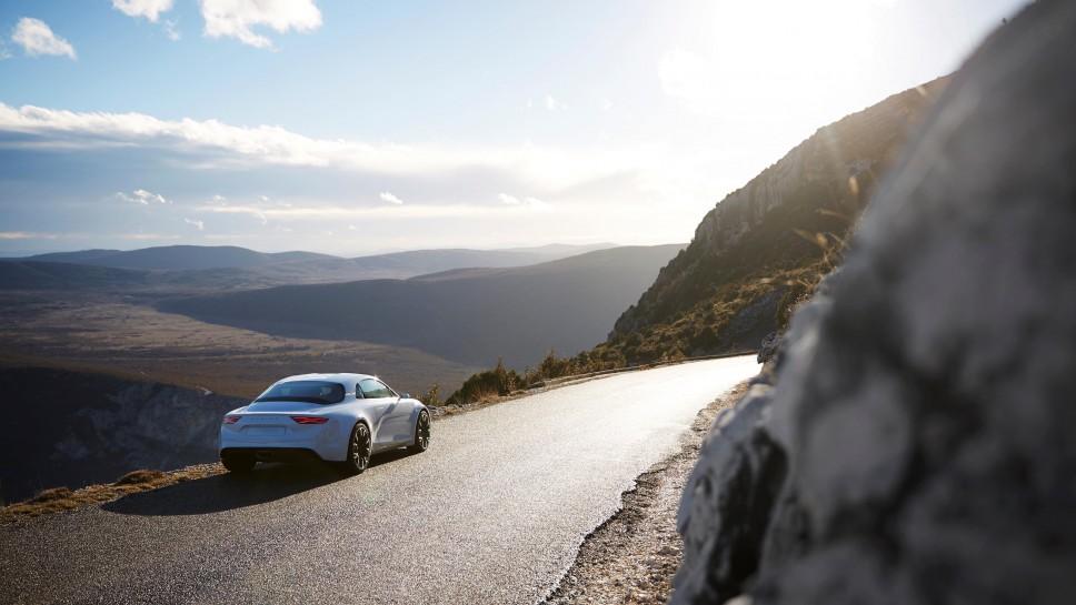 Alpine Vision Concept on road 4